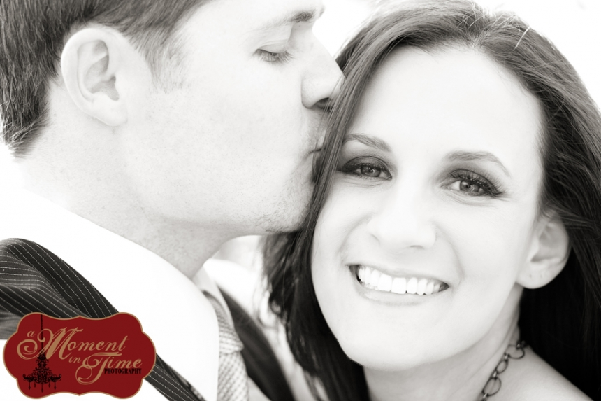 Cody Hamrick and Ashley Perry had their engagement photos or engagement pictures or engagement portraits done by Abilene, Texas wedding photographer Jennifer Nieland of A Moment in Time Photography.