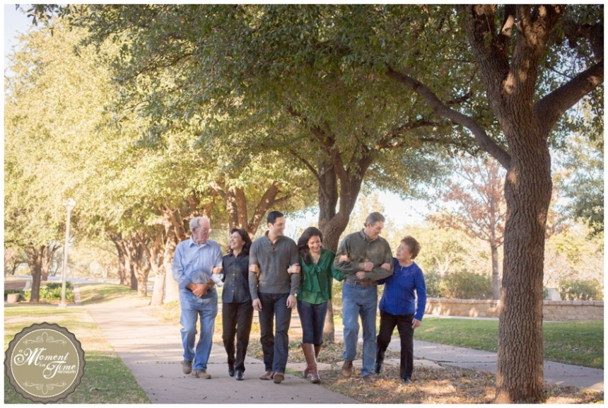 Johnston Family Session, family photos, Tim Johnston COBA, Tina Johnston, Brian Johnston, Beth Johnston, Family photo session of the generations, ACU session, A Moment in Time Photography by Jennifer Nieland